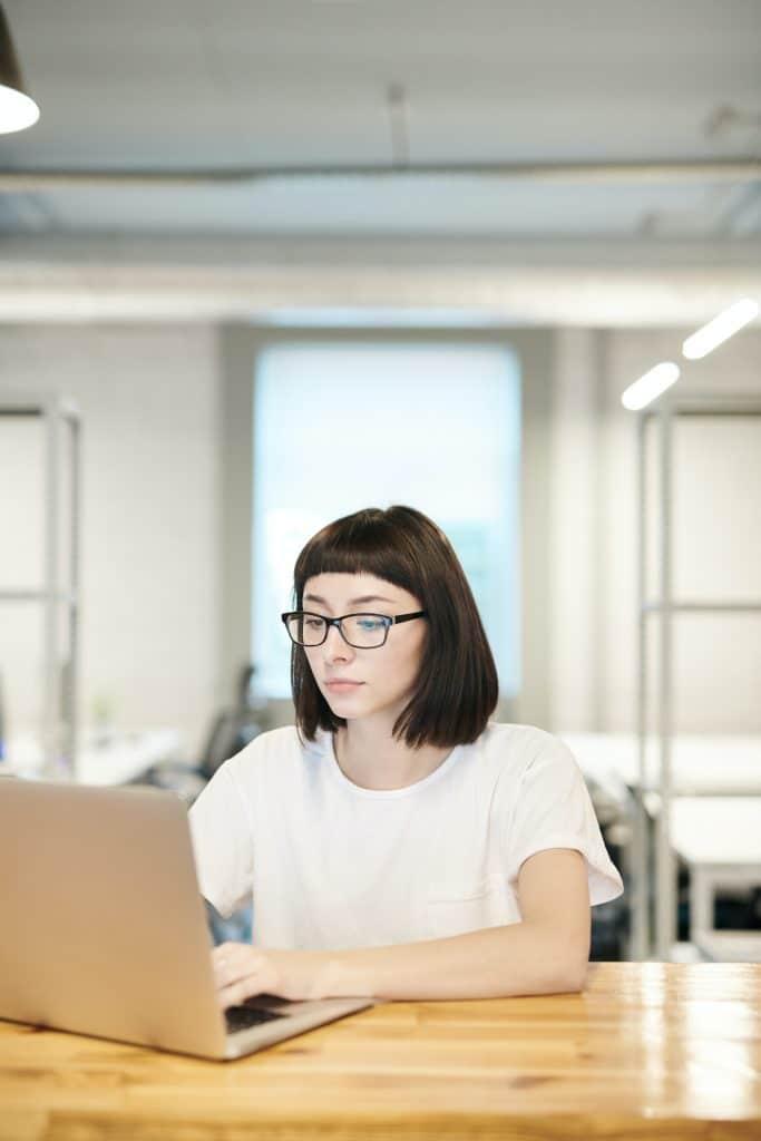 Comment démarrer un business en ligne en étant étudiant ?