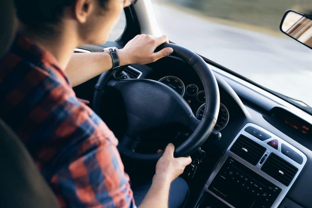 Acheter une voiture étudiant : comment s'y prendre ?